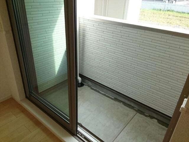 リヴェール・ピアⅠ 01010号室のバルコニー