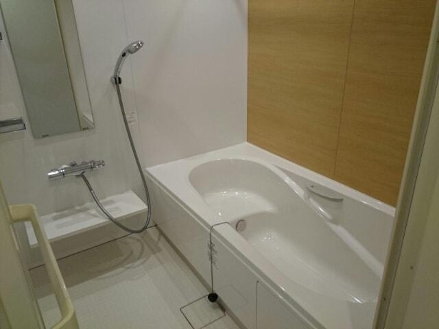 リヴェール・ピアⅠ 01010号室の風呂