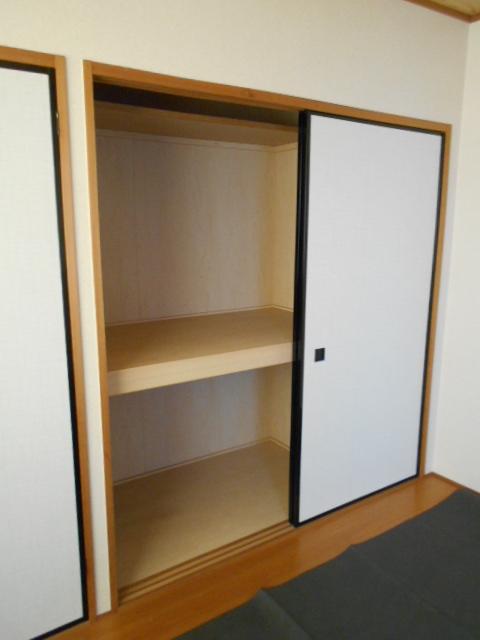 新宿マンション 201号室の収納