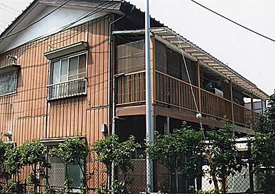 秀栄ハウスの外観