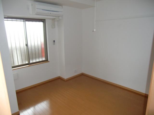 グロワール 03030号室の居室