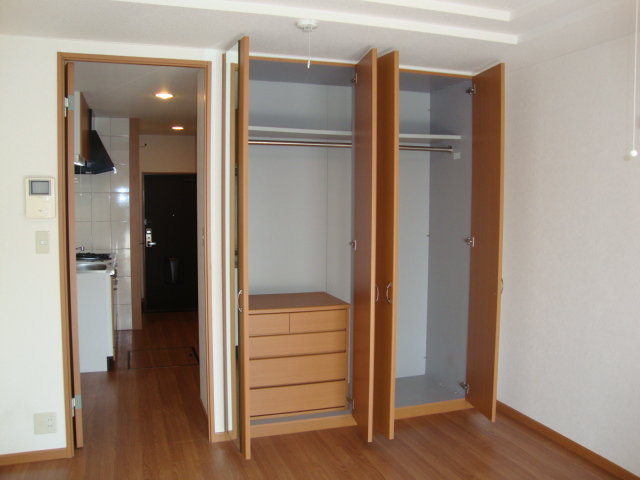 ライフシティ・ネオ 103号室のベッドルーム
