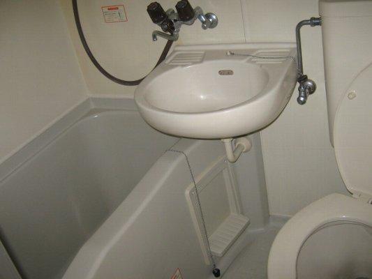 レオパレス21 一宮第9 202号室の風呂