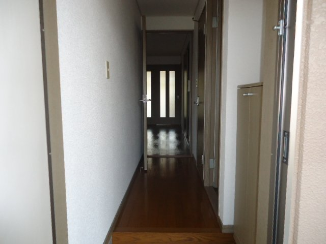 エポックあすか 101号室の玄関