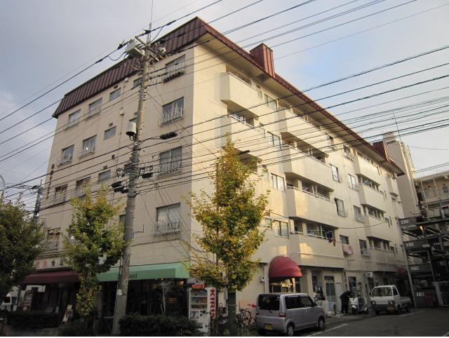 本田マンション1号棟の外観