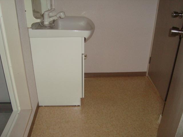 メゾンエクセル 303号室の収納