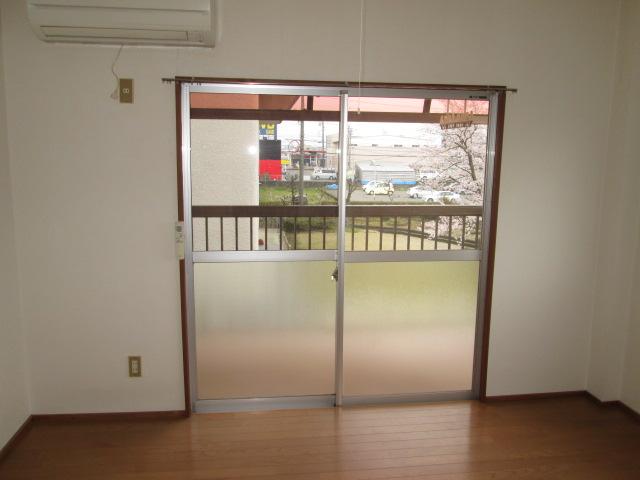 ジアイアン大山 201号室の玄関
