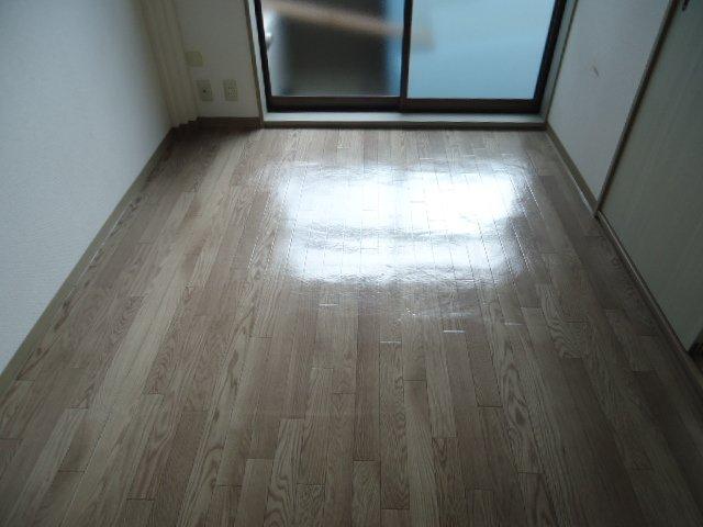 アーバンハイツ・メロディー 203号室の洗面所