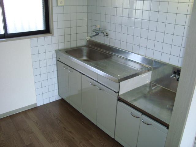 パレス野添 00403号室のキッチン