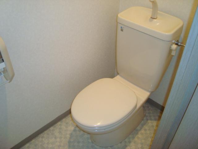パレス野添 00403号室のトイレ