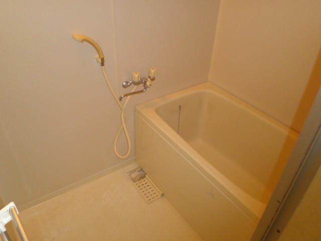 K'S HOUSE C棟 102号室の風呂