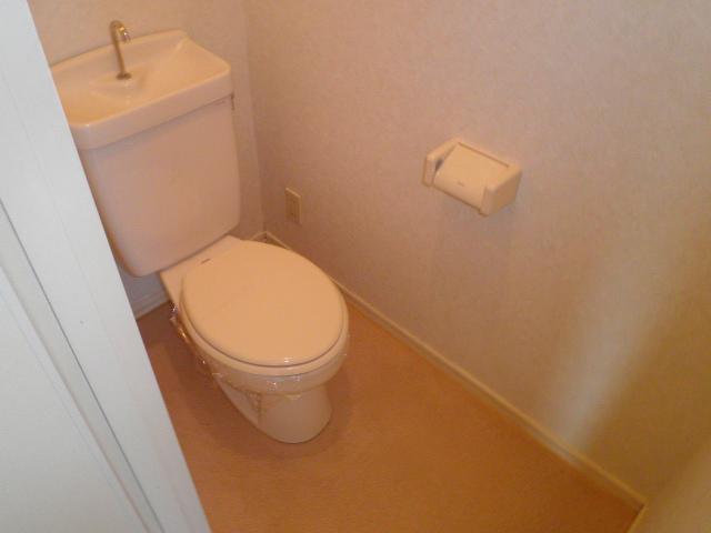 K'S HOUSE C棟 102号室のトイレ
