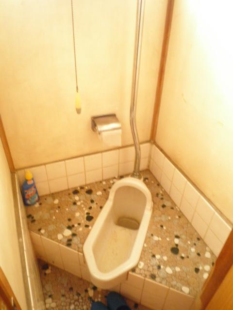 三景荘 101号室のトイレ