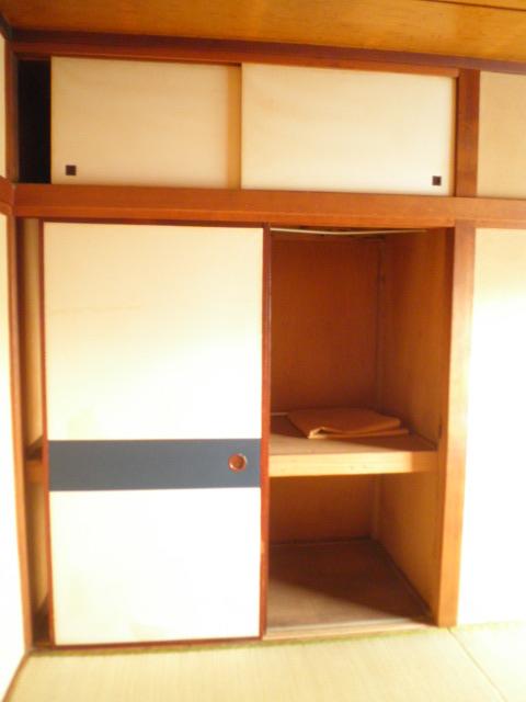 三景荘 101号室の収納