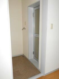 メゾン東大宮 203号室の洗面所