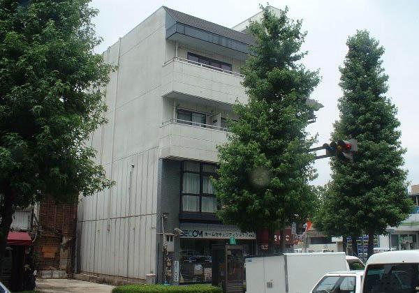 高橋ビル 303号室の外観