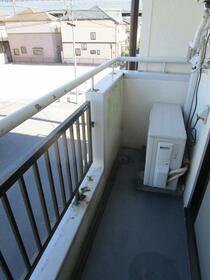 コーポ中井 0203号室のバルコニー