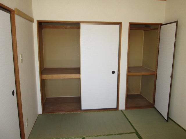 パークハイムほづみⅡ 302号室の収納