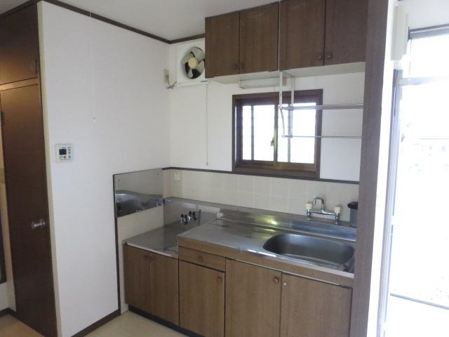 LIBERTY KUNIE Ⅰ 202号室のキッチン