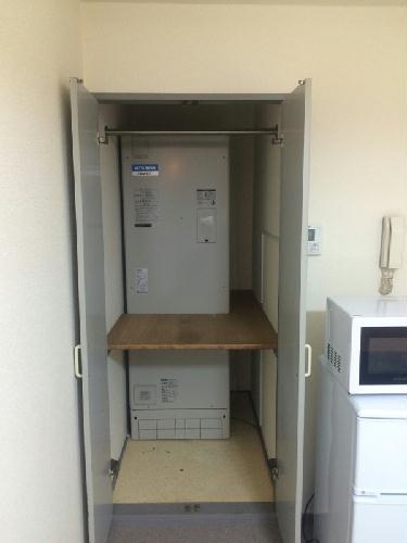 REVANCE HIGASHIURAWA 205号室の収納