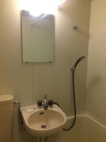 REVANCE HIGASHIURAWA 208号室の洗面所