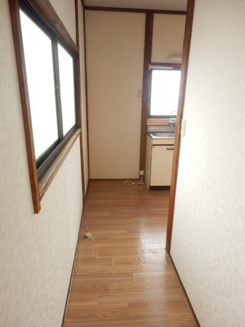 コーポ小野塚 201号室のその他