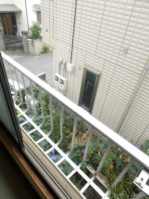 コーポ小野塚 201号室のバルコニー