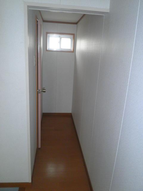 ワイズタウン 2棟 303号室のその他