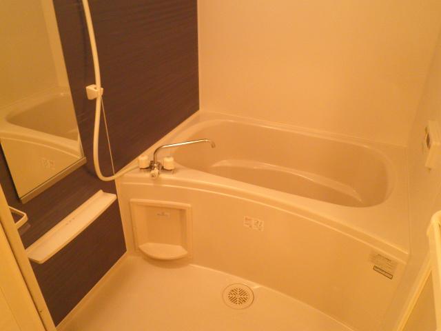 モン ブラン 01030号室の風呂