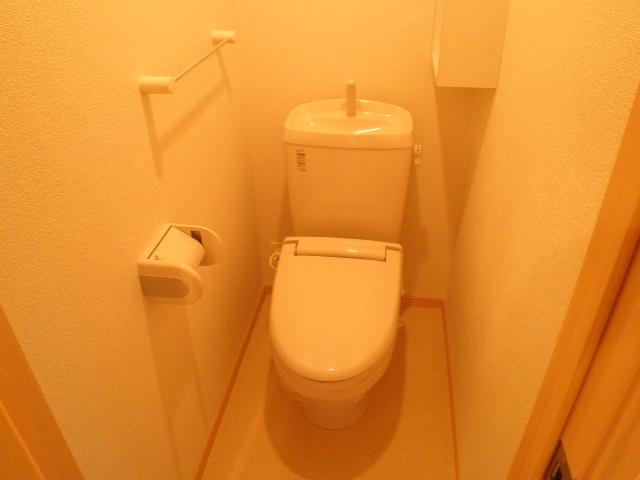 モン ブラン 01030号室のトイレ