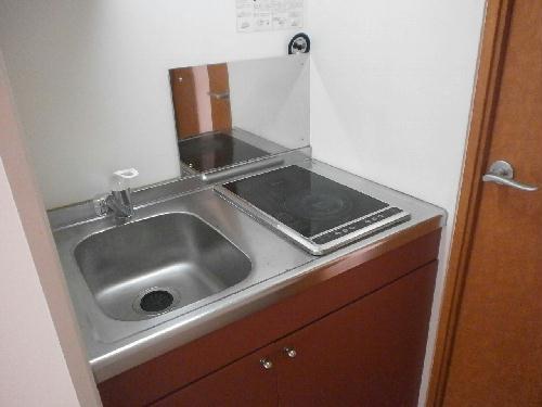 レオパレスむっく 101号室のキッチン