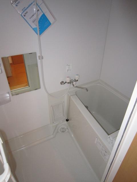 コンフォート樋ノ爪 102号室の風呂