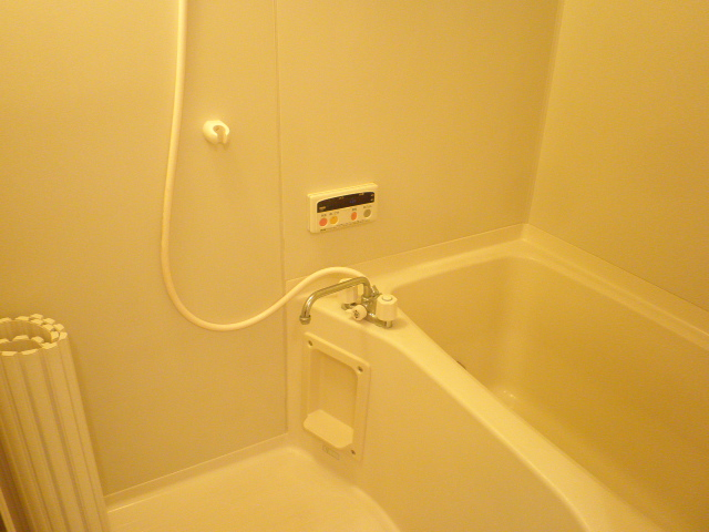 コンフォート楠 205号室の風呂