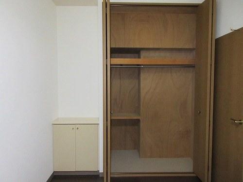 シェルモール采女 303号室の収納