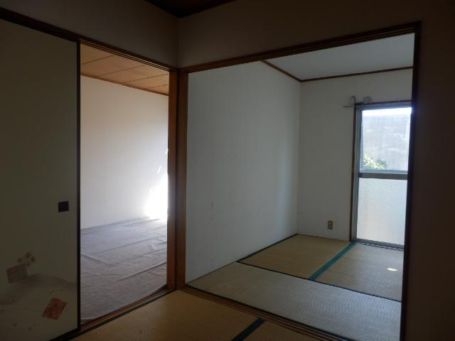 サンコーポ 202号室のリビング