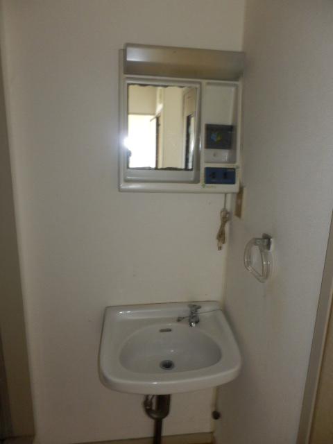 サンコーポ 202号室の洗面所