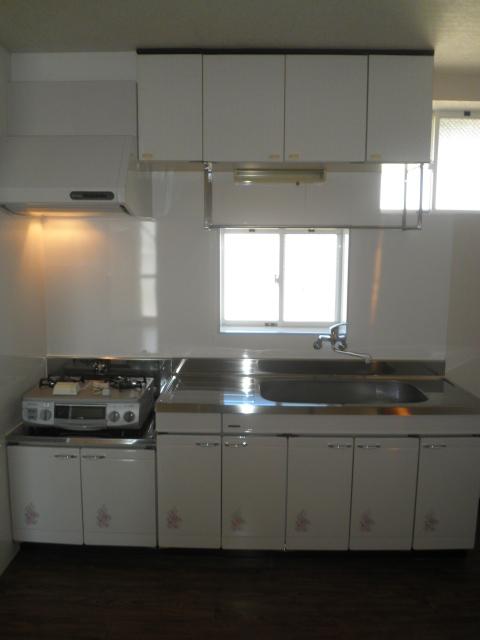 エスポアロイヤル 203号室のキッチン