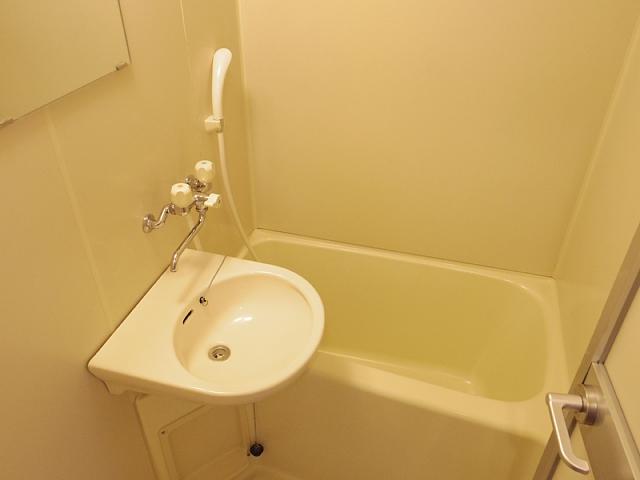 IBはら 310号室の風呂