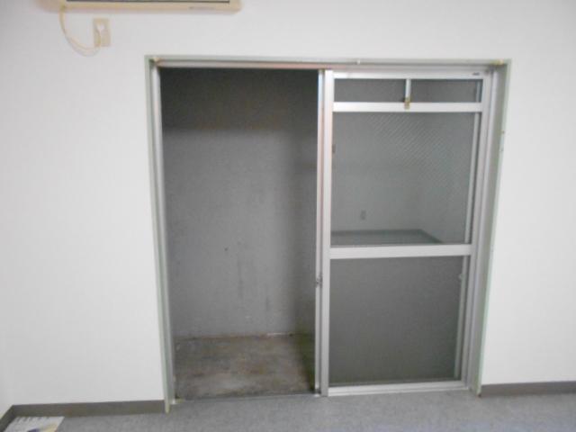 大仁マンションⅠ 106号室のリビング