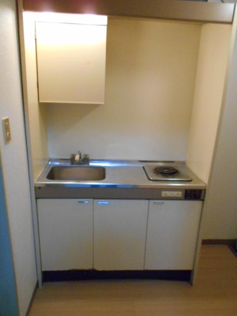 大仁マンションⅠ 106号室のキッチン