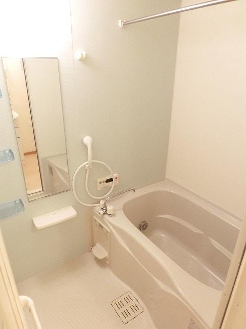 レジデンス ブロッコリーE棟 02030号室の風呂