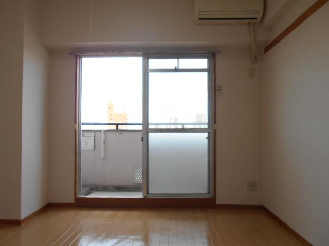 JMイケバ 601号室のベッドルーム