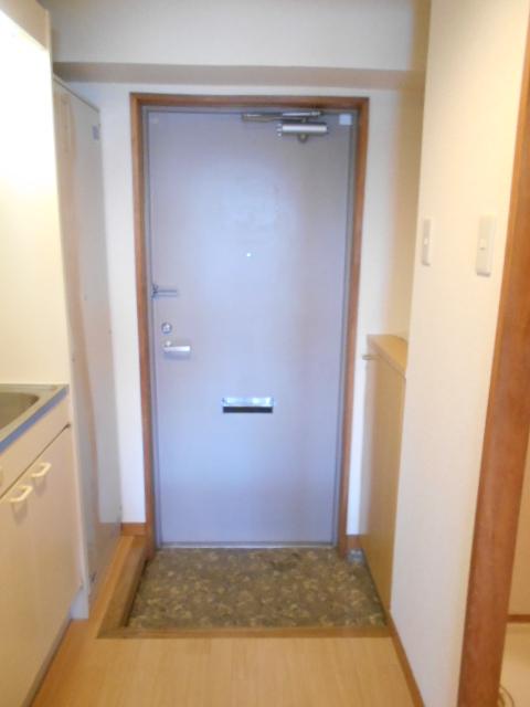 JMイケバ 601号室の玄関