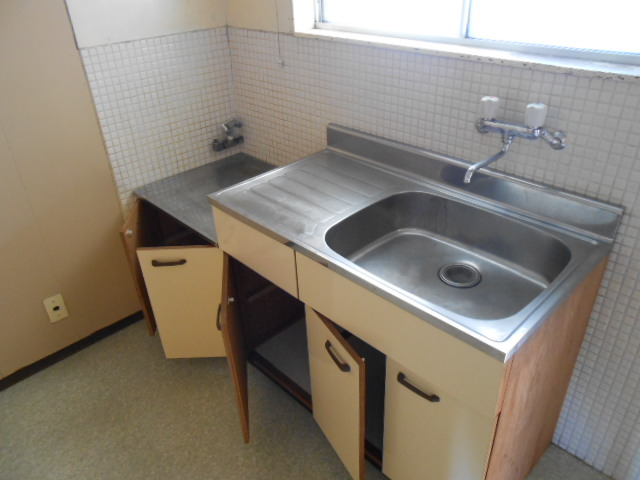 上中荘 5号室のキッチン