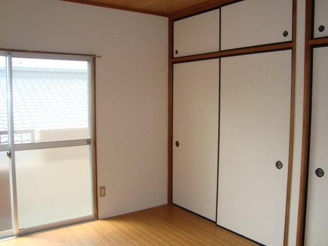 エスポアハイム 00205号室の収納
