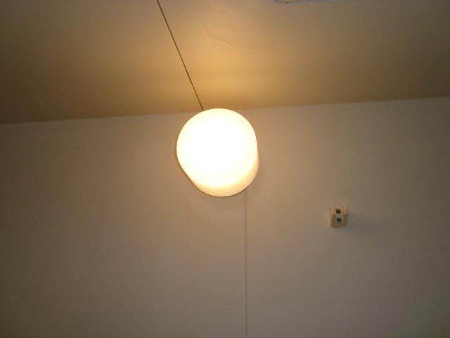 エスポアハイム 00205号室の居室
