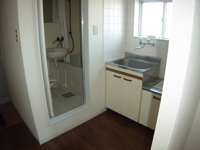 コーポパーシモン 201号室のキッチン
