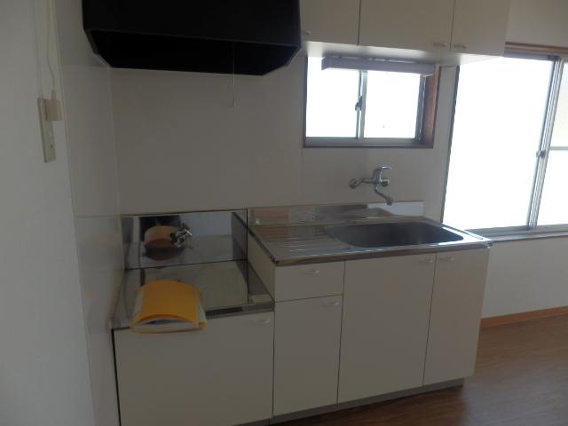 ハウシェル星崎 1-A号室のキッチン