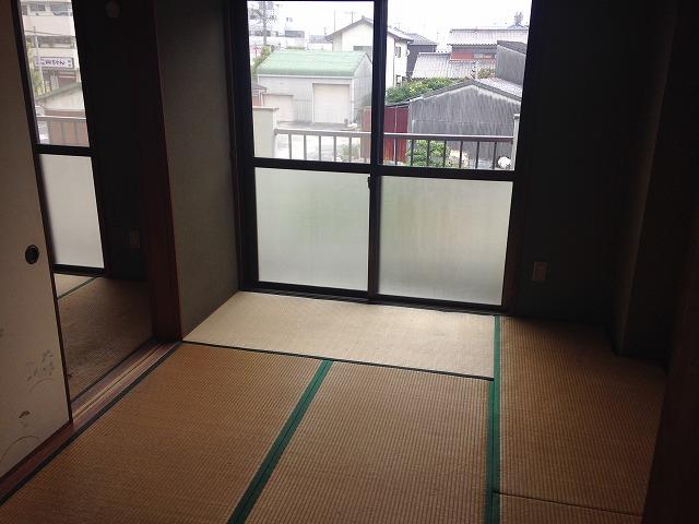 メゾン金子 202号室の居室