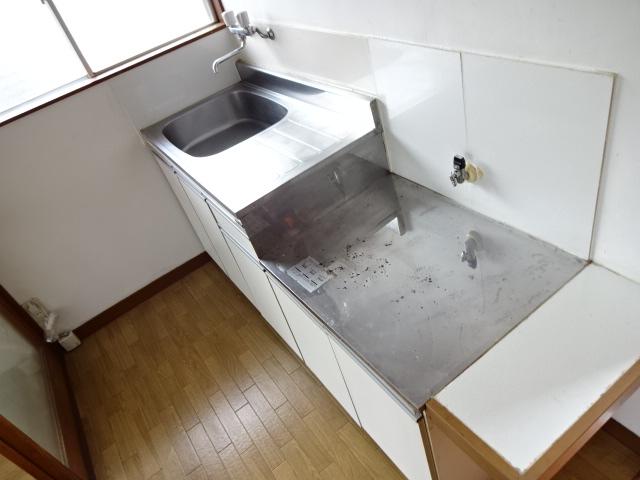 コスモハイツ 202号室のキッチン